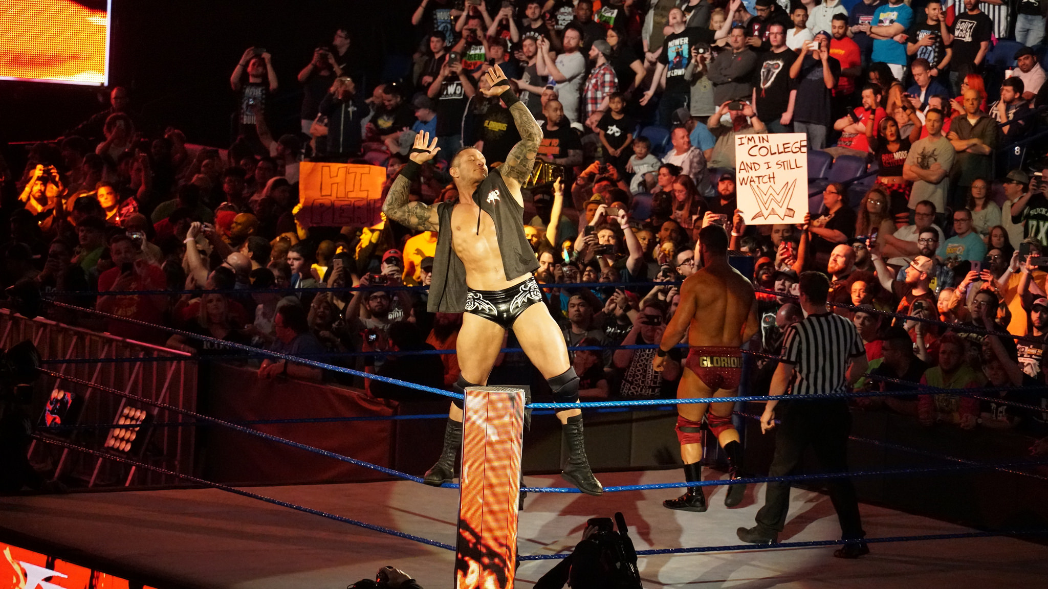 Randy Orton Returns At Extreme Rules