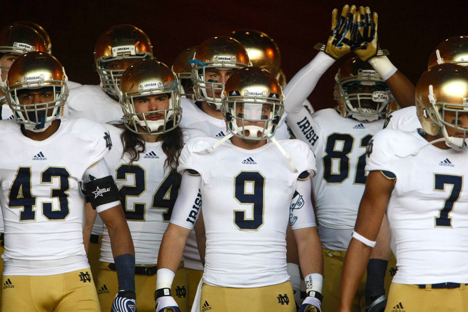 Should Notre Dame Just Join A Conference?