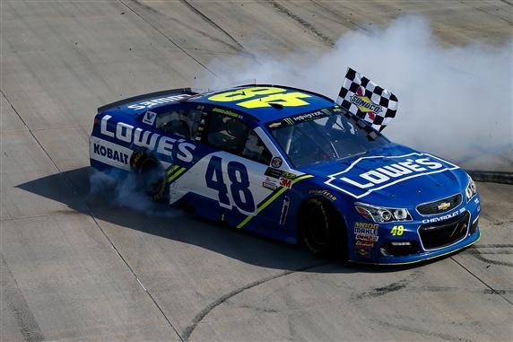Jimmie Johnson Looks to Conquer the Monster Mile Again