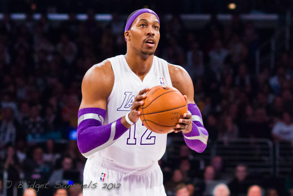 Dwight Howard Signs With The Los Angeles Lakers