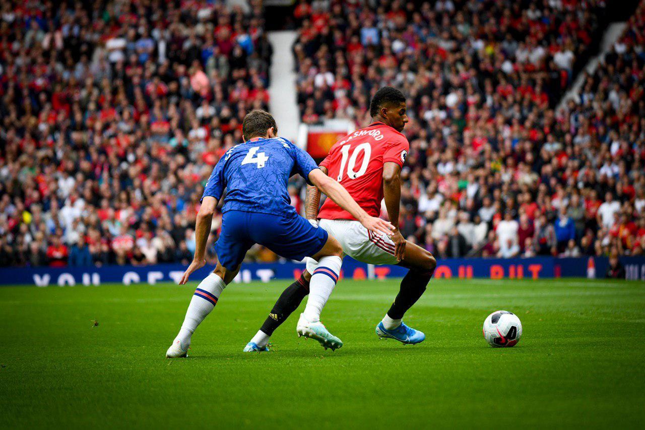 Marcus Rashford Double Helps United Thrash Chelsea