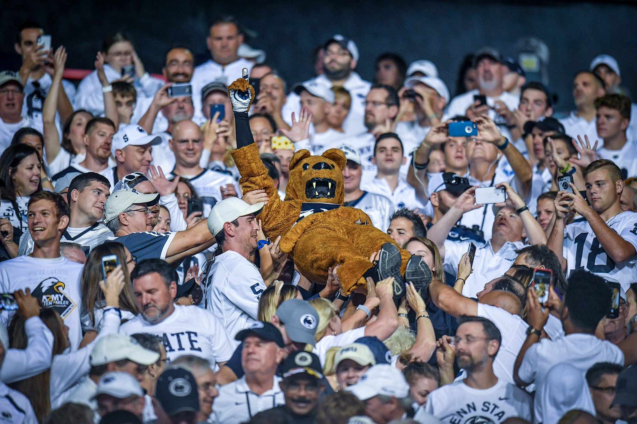 Nittany Lions Dominate In Big Ten Opener