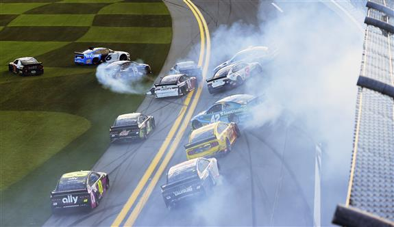 Speedweeks Starts Off with a Bang in Busch Clash at Daytona