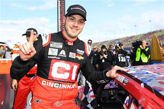 Alex Bowman Signs Contract Extension with Hendrick