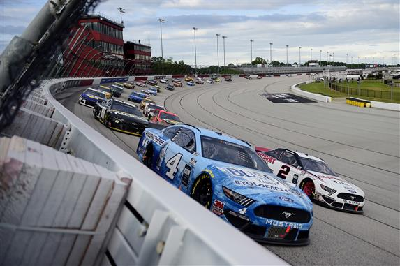 Kevin Harvick Wins NASCAR's Return at Darlington
